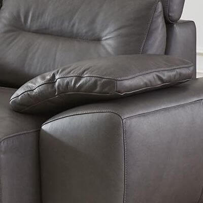 Interliving-Sofa-4000-Seitenteilkissen-graphite