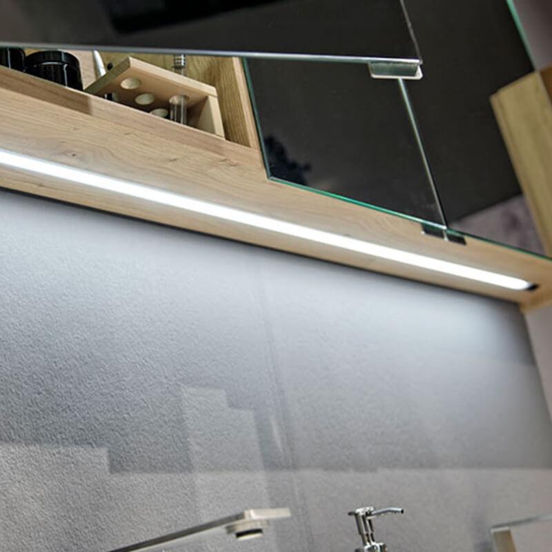 Voglauer-Bad-V-Alpin-Waschplatzbeleuchtung